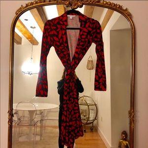 Diane Von Furstenberg (DVF) Lips Wrap Dress